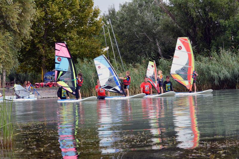 SurfGuru Windsurf School